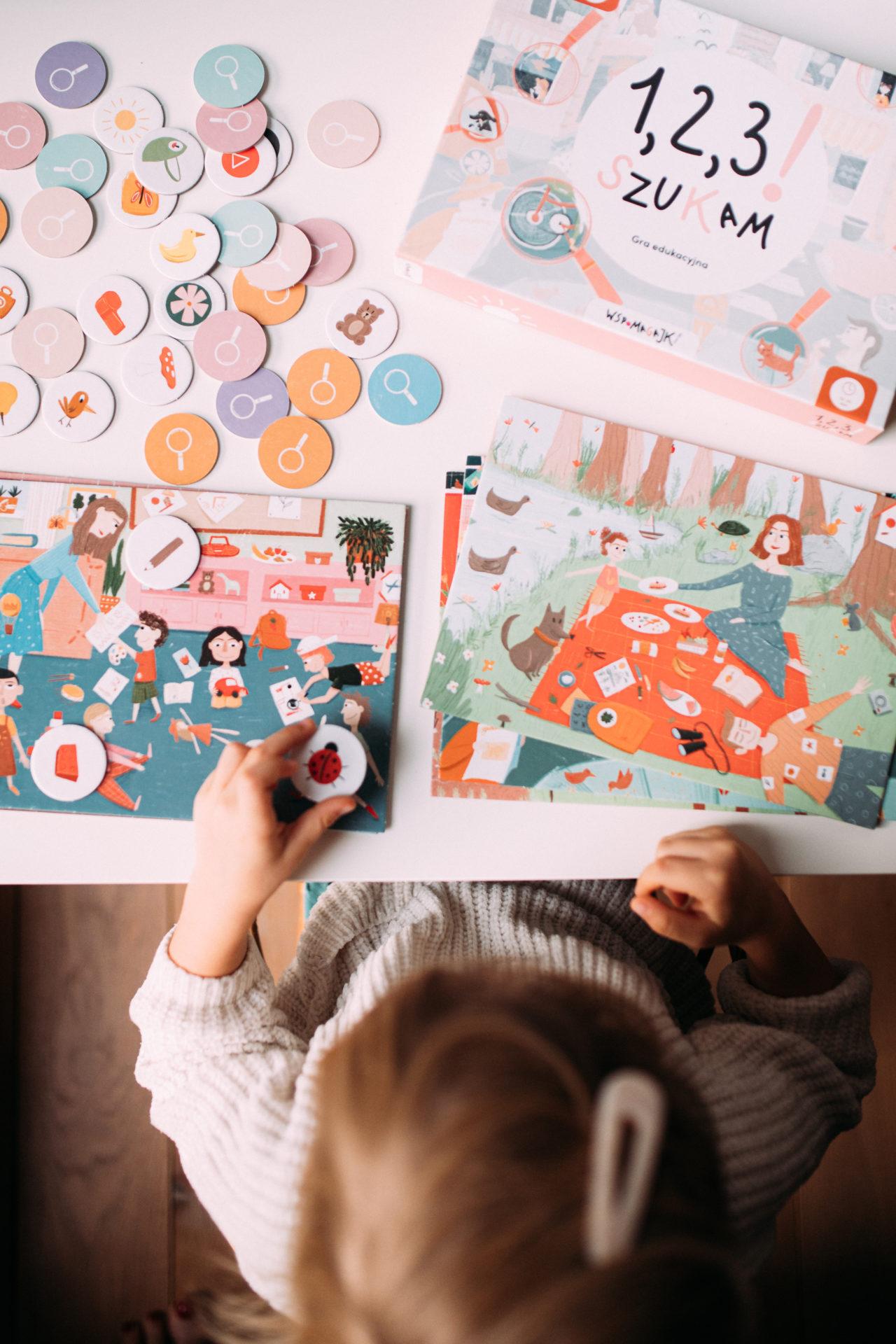 Dziecko grające w grę